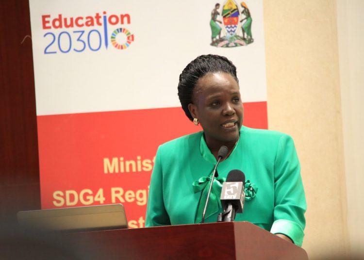 Waziri wa Elimu, Sayansi na Teknolojia, Prof. Joyce Ndalichako.