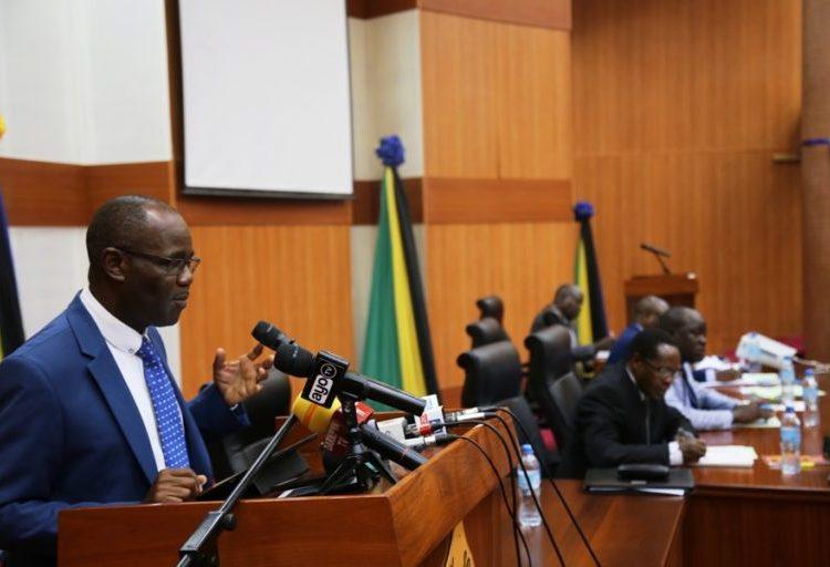 Waziri wa Maji Prof. Makame Mbarawa.