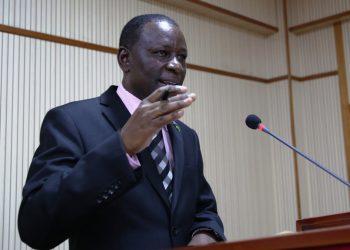 Mkurugenzi wa Sensa na Takwimu za Jamii kutoka Ofisi ya Taifa ya Takwimu (NBS) Bw. Ephraim Kwesigabo